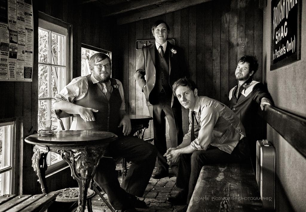Groomsmen-at-Edgefield-Jamie-Bosworth-Photographer
